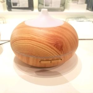 High quality Diffuser with 3 Essential Oils